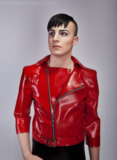 Guy wearing Lacing Lilith red Latex Jacket